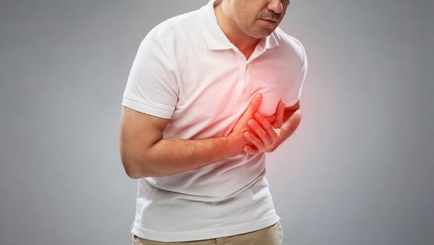 比高血壓還可怕的,是「血壓忽高忽低」!中醫師:夏天少做這件事,讓你心、腎都受傷
