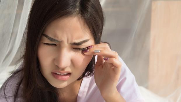 玻尿酸消法令紋,用吃的還可以「抗乾眼」!營養師解析:顧眼睛,葉黃素加「它」一起吃更有效