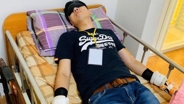 手腳綁病床2小時後,我覺得我「不是人」...朱為民醫師:生不如死的「約束體驗」,竟是照護現場的真實
