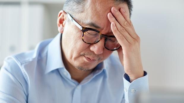 頭痛嗜睡、手腳冰冷?小心低血壓作祟...常見誘因、改善關鍵一次看懂!營養師:咖啡「這樣喝」就能緩解