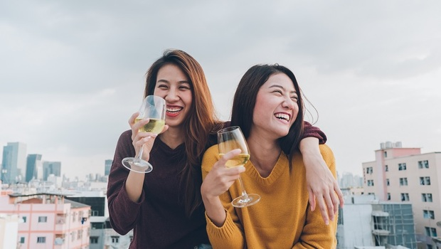 成年人最舒服的社交狀態:事事為別人著想,不如當個自私的人還比較受歡迎!「交往適度定律」的3個觀念