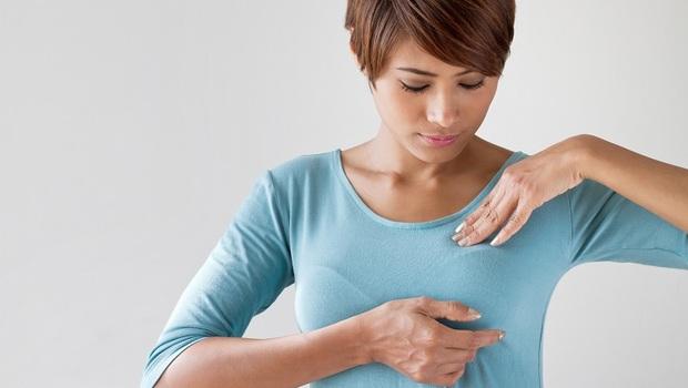 你是容易「罹癌」體質嗎?乳房摸到「這種硬塊」罹癌機率比一般人高!醫師告訴你「乳房出現囊腫」該怎麼做