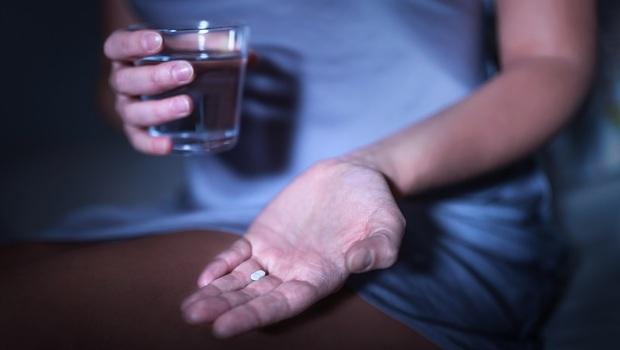 「褪黑激素」治失眠、入睡快...實證發現「效果弱爆」!藥師:只對2類人較有效