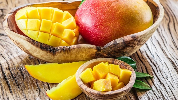必吃夏日水果》「芒果」竟可降血壓、抗氧化又顧腸道!營養師教你:「這樣吃」就不怕過敏