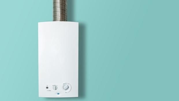 你以為冷氣很耗電?比「電熱水器」差多了!靠「省電4妙招」不用燒錢也能好好洗澡