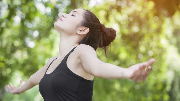 「呼吸方式」錯了,難怪自律神經失調!「這3種」醫師也推薦的呼吸法,一次改善你的失眠、肌力和循環