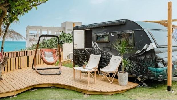 TOP 10「懶人」露營聖地》豪華露營車、溯溪、溫泉...網美搶打卡地點一次看!免出國讓你一秒置身紐西蘭