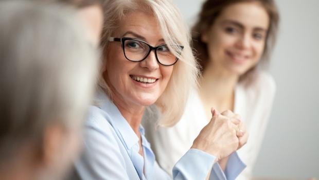 聊天時尷尬,有50分的責任在對方身上!心理師告訴你:別怕得罪對方,「3個方法」擺脫冷場