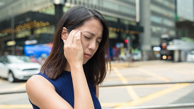 「噁心嘔吐」竟是也是中風警訊?常被誤認為腸胃炎,其實「這種眩暈」是中風前兆...醫師:伴隨「3症狀」恐致命