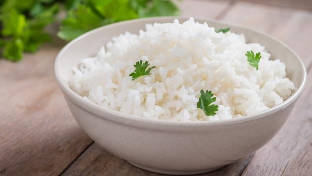 「精緻澱粉」很糟糕?其實是腹瀉救星!專家:拉肚子時為何更該吃「白飯」?