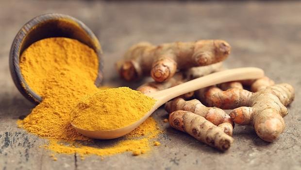 台灣、印度、韓國...薑黃素含量最高的是「這產地」!花大錢小心被騙,農業博士揭露常吃的「假薑黃」