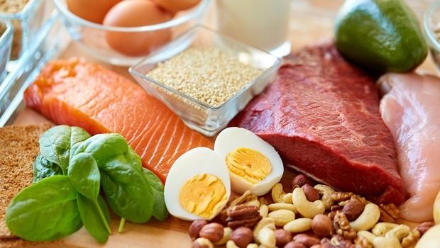 你的老化徵兆,竟從「口水」看得出來!不想老後臥床,日本牙醫師:你一定要知道的「蛋白質公式」