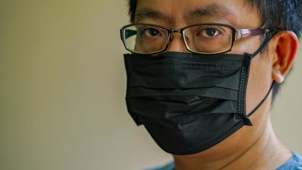 彩色口罩到底有沒有毒?毒理專家招名威:「這2種情況」會有致癌風險