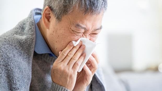 寒流來,猝死往往發生在床上、房間內!重症科醫師警告:室內要維持「這個溫度」才安全