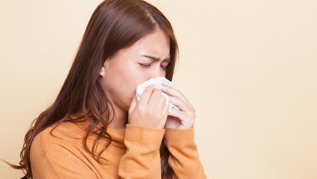 鼻涕有「這3種顏色」,小心傷眼又傷腦!耳鼻喉科醫師解析:「鼻竇炎」症狀及治療方式