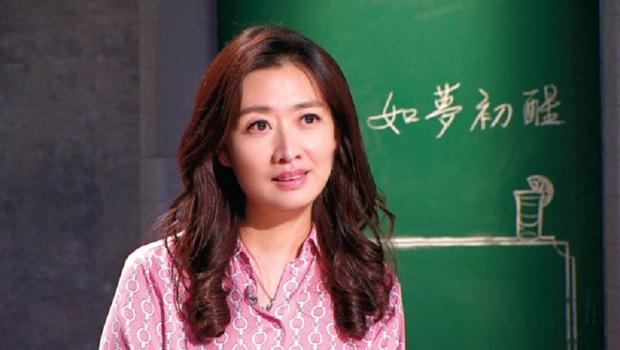 人人稱羨的醫師鄧惠文,原來5歲父母離婚、被同學霸凌...她給我的啟示:從每次的跌倒中,看見最真實的自己
