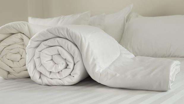 挑對棉被,跟另一半的「這樣東西」...醫師:這可能是讓你一夜好眠的關鍵!