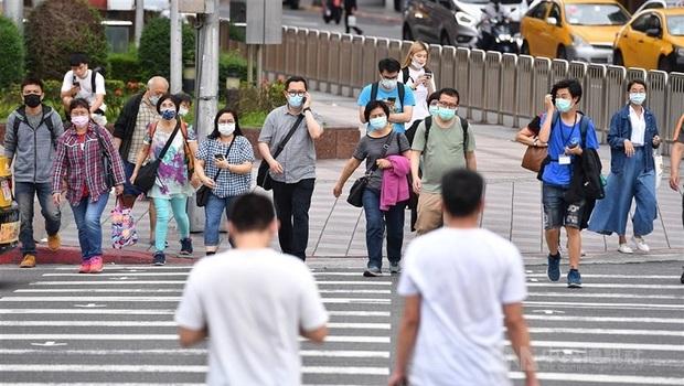 【不斷更新】防疫升級》6/8前大型活動停辦!各縣市防疫措施總整理