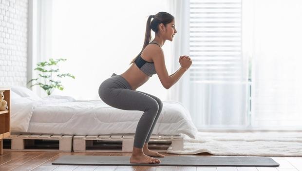 基礎深蹲不夠看!你聽過「相撲深蹲」嗎?醫師教你「深蹲變化11式」一次練全身