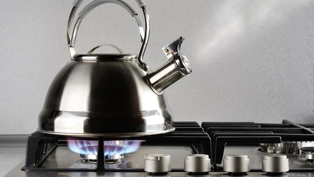 為什麼「煮開水」要在晚上?還要「開抽油煙機」?譚敦慈教你喝水8大守則