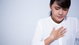 「打嗝」打不停怎麼辦?腸胃科醫師教你4招快速止嗝!小心是這4大疾病警訊