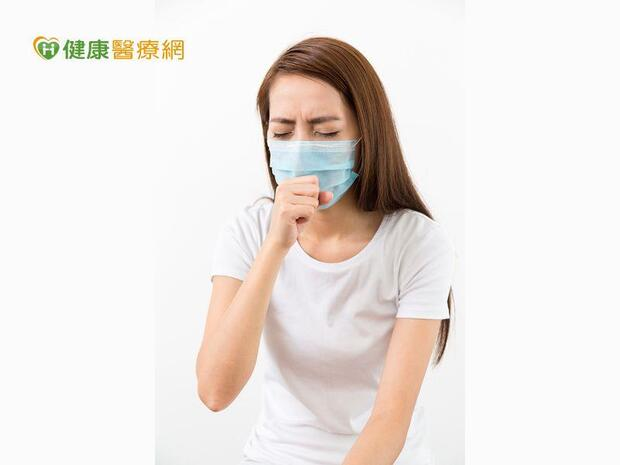 天冷酷酷嫂是過敏或感冒? 求護肺神隊友!醫師止咳這幾招